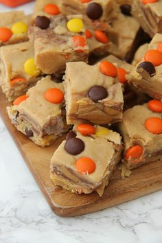Easy & Delicious No-Bake Peanut Butter Fudge – Smooth Chocolate & Peanut Butter Fudge with Reese's Peanut Butter Cups & Reese's Pieces! Well like yeah,...