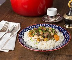 Middle Eastern lamb stew with apricots, almonds, cherries and rose water | ethnicspoon.com