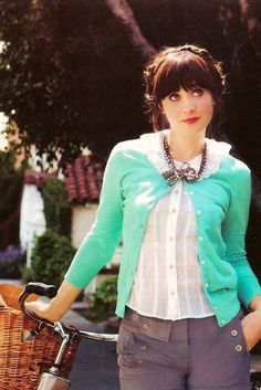 Gorgeous girl. And I love her style. Zooey Deschanel.