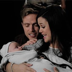 Hart of Dixie  Wade, Zoe and their baby boy