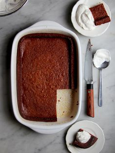 Persimmon Pudding by Saveur. Eva Powell, a former elementary-school librarian in Mitchell, Indiana, has won the town's pudding contest five times with her recipe for persimmon pudding with a crispy, cake-like crust. Pudding Recipes, Fruit Recipes, Sweet Recipes, Dessert Recipes, Custard Recipes, Cuban Recipes, Recipe For Persimmon Pudding, Persimmon Recipes, Persimmon Fruit