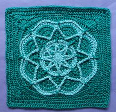 [Free Pattern] Gorgeous Design: Spiro Star Flower Square - Knit And Crochet Daily