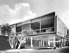 Casa Cervera, Calle de las Nubes 329, Jardines del Pedregal, México DF 1953    Arq. Fernando Ponce Pino    Fotos. Guillermo Zamora