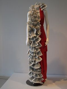 paper dress decoration