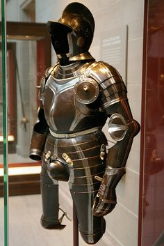 more 16th century armor collection on Flikr