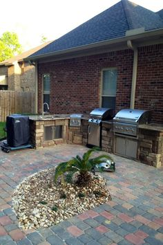 Premier is a Veteran Owned company dedicated to Landscaping and Construction specializing in Hardscaping and Outdoor Living Spaces. We provide Outdoor Kitchens, Retaining Walls, Pavers, Paver Patios, Outdoor Fireplaces, Fire Pits, and Pergolas.