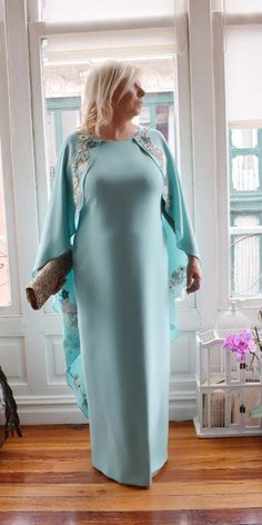 18 Stunning Plus Size Mother Of The Bride Dresses – Wedding Dresses Guide Mother Of The Bride Plus Size, Mother Of The Bride Dresses Long, Mother Of Bride Outfits, Mothers Dresses, Mother Bride, Long Mothers Dress, Brides Mom Dress, Mob Dresses, Wedding Dresses