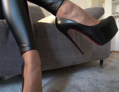 Обувь С Высокими Каблуками На Платформе, Ботинки На Высоком Каблуке, Черные Каблуки, Черные Сандалии, Ботильоны, Шпильки, Сексуальные Высокие Каблуки, Обувь На Каблуках, Современные Женщины