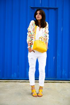 Alexandra Pereira Lovely Pepa Mythe Clothing bomber jacket Zara shirt and sandals Mango pants Givenchy Antigona mini bag #streetstyle