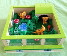 Parts of our lego friends zoo Lego Zoo, Lego Creationary, Van Lego, Lego Craft, Lego Minecraft, Lego Ninjago, Minecraft Buildings, Lego Girls, Lego For Kids