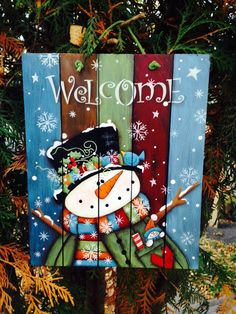 Good Pic Snowman painting welcome Strategies It can be tough to reject putting any snowman painting job straight into a craft curriculum. Wooden Christmas Decorations, Christmas Wood Crafts, Christmas Signs Wood, Christmas Art, Christmas Projects, Winter Christmas, Holiday Crafts, Christmas Ornaments, Snowman Crafts