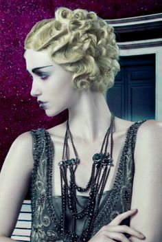 Hair Styles How-to: The New Gatsby from NAHA | Waved Bob | Curly wavy bob, retro hairstyles, vintage hair, 1920s, The Great Gatsby, flapper beauty and hair, flapper costume, color lips, Beauty Launchpad Magazine