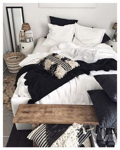 43 Best Ethnic Bedroom Ideas For A Cozy Retreat - Global Interior Design takes inspiration from all around the world. Whether it is the geometric patterns of Morocco, the vibrant colours of India or t. Dream Bedroom, Home Bedroom, Master Bedroom, Nordic Bedroom, Travel Bedroom, Interior Simple, Interior Design, Ethnic Bedroom, Bedroom Decor For Teen Girls