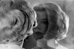 Cindy Sherman -  Untitled Film Still #56, 1980, Silbergelatineabzug, 15.5 × 22.8 cm
