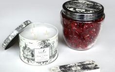 Among the unique range of scents of Lokum's candles, you'll find what's called Rumi's Rose, sold for 35 TL.