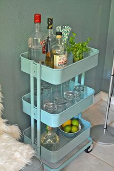 IKEA Raskog cart as a mini bar First Apartment, Apartment Living, Apartment Therapy, Apartment Patio Decorating, Apartment Deck, Apartment Balconies, Living Room, Ikea Bar Cart, Bar Carts