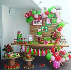 Baby Shower Watermelon, Watermelon Birthday Parties, Fruit Birthday, First Birthday Party Themes, Baby Girl First Birthday, Fruit Party, Luau Party, Birthday Bash, Birthday Decorations