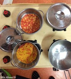 Here's another enhancement idea from #Woddlers at #Macclesfield: Adding pictures to pans to see if the children can identify which foods are being cooked! #EYFS