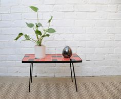 SMALL TILED RETRO COFFEE TABLE Tiled Coffee Table, Retro Coffee Tables, Retro Table, Vintage Coffee, Retro Vintage, Vintage Items, Plastic Trim, Black Tiles, Modern Contemporary