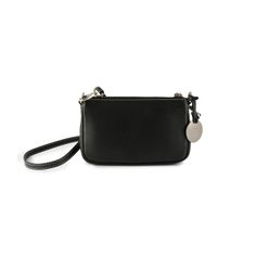 Missy Small Black by Dicami. A high quality compact and lightweight handbag made of fine Italian pebbled calf leather that can be worn either under the shoulder or as cross body bag. Made in Italy using fine Italian leather. How To Make Handbags, Italian Leather, Calf Leather, Cross Body, Compact, Calves, Crossbody Bag, Italy, Shoulder