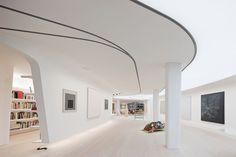 Architekti z UN Studia vytvořili velkorysý loft pro sběratele v New Yorku.