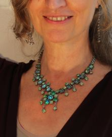 2-delige set : Strass Halssnoer  + Armband : waterkleuren GROEN, TURQUOISE, ZACHTGROEN, GROENTINTEN - 2-piece set : Necklace + Bracelet Strass Watercolors GREEN, SHADES OF GREEN, TURQUOISE