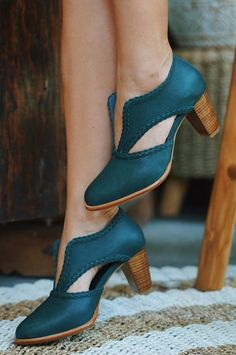 0ad9bd01885 60 Best Women's shoes images in 2019