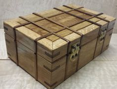 Oak and Walnut Mission Style Box - by Dan'um Style @ LumberJocks.com ~ woodworking community