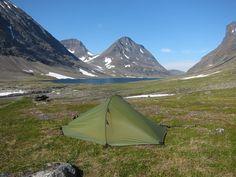 Camp in Njoatsosvagge #trekking #sarek #sweden
