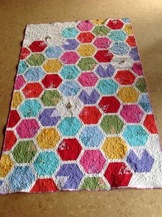 sew bossi: Sweet Bee quilt finished