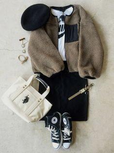 今週もよろしくお願いします🙇 インスタ@italietofrance Girl Fashion, Fashion Outfits, Womens Fashion, Unisex Clothes, Unisex Outfits, France Outfits, Comfortable Outfits, Winter Outfits, Winter Fashion