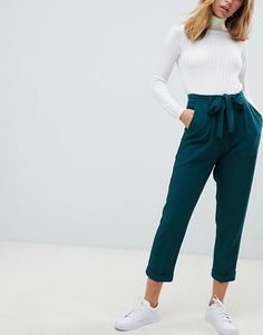 work outfits new look Office Outfits Women Young Professional, Casual Outfits For Work, Summer Business Casual Outfits, Smart Casual Women, Semi Formal Outfits, Smart Casual Outfit, Summer Work Outfits, Work Casual, 6th Form Outfits Smart