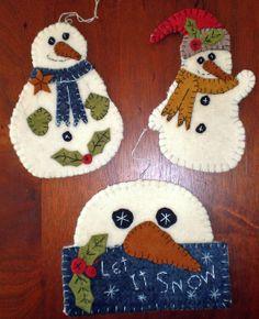 Snowmen Penny Rug Ornament Trio Pattern