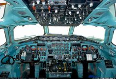 McDonnell Douglas MD-82 (DC-9-82) aircraft picture