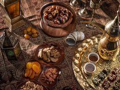 Scopri la  cucina omanita con un Viaggio in Oman. Table Settings, Vegetables, Vegetable Recipes, Place Settings, Veggie Food, Veggies