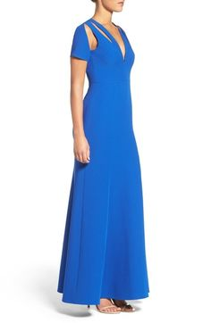 Main Image - BCBGMAXAZRIA Crepe Gown