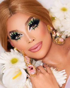 ♥ Valentina ♥ Photography by Ernesto Casillas ( Drag Queen Makeup, Drag Makeup, Beauty Makeup, Hair Makeup, Valentina Rupaul Drag Race, Valentina Drag, Drag Queens, Bts Mode, Gq