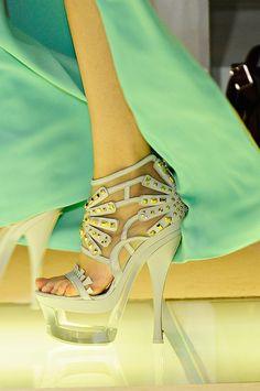 Versace Spring/Summer 2012 White Platform HighHeels with gold Details #Shoes