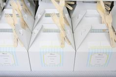meal boxes! great idea... love the wooden forks and knives