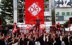 DIAURA Celebrates Gumins Day on Sept. 9th (A day to celebrate their fans whom they call Gumins (The Ignorants)) with a surprise concert! <3 Read all about this awesome day here: http://jrock.tokyo/en/news-2/788/