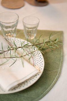 Art de la table - MUSKHANE www.muskhane.com Photography by Muskhane #MUSKHANE #tableware #tablemat #placemat #table_decoration