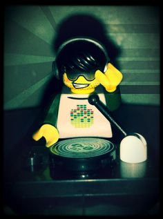 Awesome DJ Dj Cake, Dj Setup, Pioneer Dj, Dj Gear, Dj Party, Dj Booth, Custom Lego, Toys For Boys, Legos