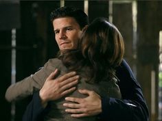 Booth and Brennan - Bones Photo (7222320) - Fanpop