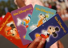 Planning your trip to #Disney? No fear! We have tips on where to splurge and how to save. #Budget