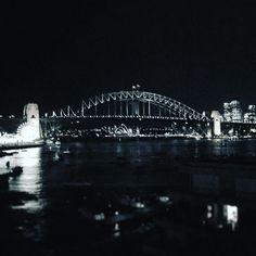 #homesweethome #thisissydney #sydneyharbourbridge #sydneyharbour #sydneyoperahouse #harbourviews #sydney #touristphoto #tbt #lunapark #nightlights by julziek http://ift.tt/1NRMbNv