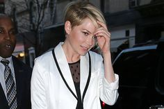 Michelle Williams practically patented the pixie haircut when she cut off her long locks in favor of the short style six years ago. But it looks like the newly single actress is ready for a tress change.
