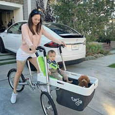 TAGA BIKE: A spasso tutti 3 mamma, figlio e cagnolino! 😍🔝 Scopri di più www.tagabike.it