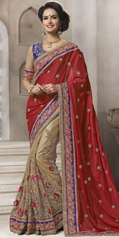 Dazzling Maroon And Off-White Georgette Saree With Blouse.