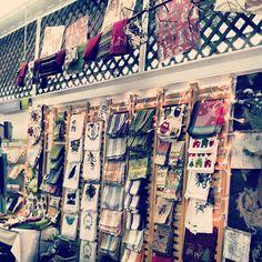 New tea towel display! Kitchen Towels Crafts, Towel Crafts, Craft Fair Displays, Booth Displays, Display Ideas, Towel Display, Fabric Display, Decorative Towels, Craft Show Ideas