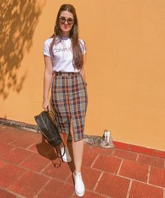 Fashionable Work Outfits Ideas For 2019 Long Skirt Outfits, Casual Work Outfits, Modest Outfits, Classy Outfits, Stylish Outfits, Outfit With Skirt, Long Black Skirt Outfit, Dress And Sneakers Outfit, Casual Ootd